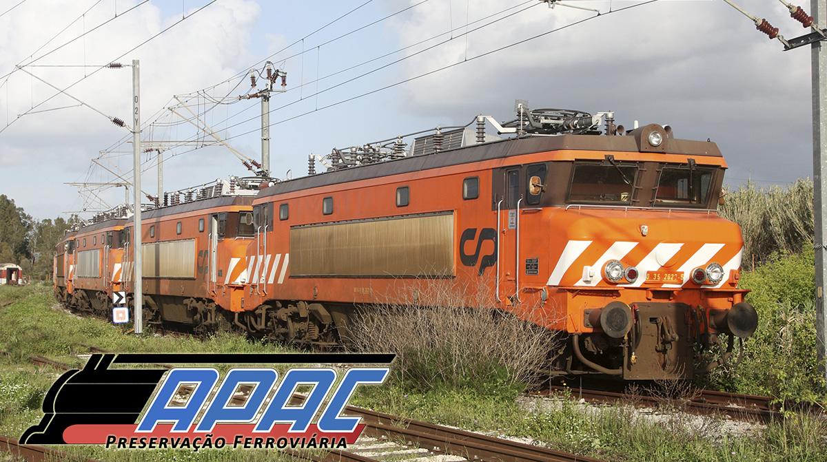 Locomotivas 2600 encostadas no Entroncamento. Ajudar é vital!